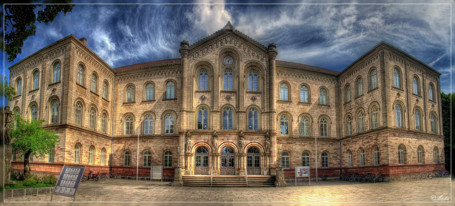 Georg-August Universitat-Gottingen